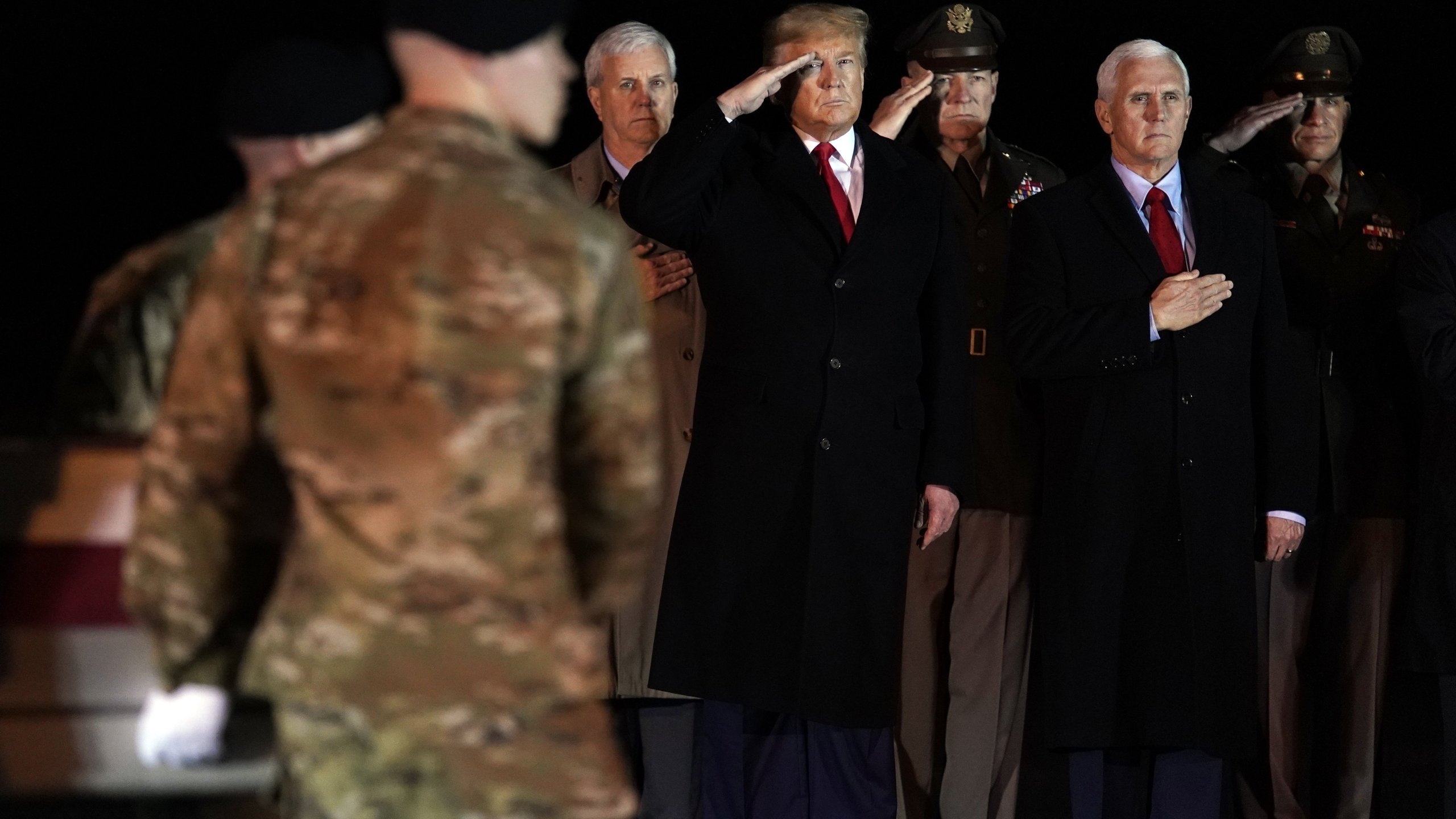 President Trump Vp Pence Pay Respects To 2 U S Soldiers Killed In Afghanistan Wttv Cbs4indy