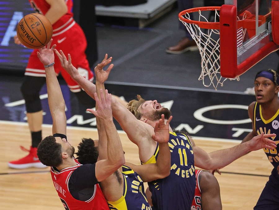 Sabonis posts triple-double, Pacers rout Bulls 125-106 | WTTV CBS4Indy