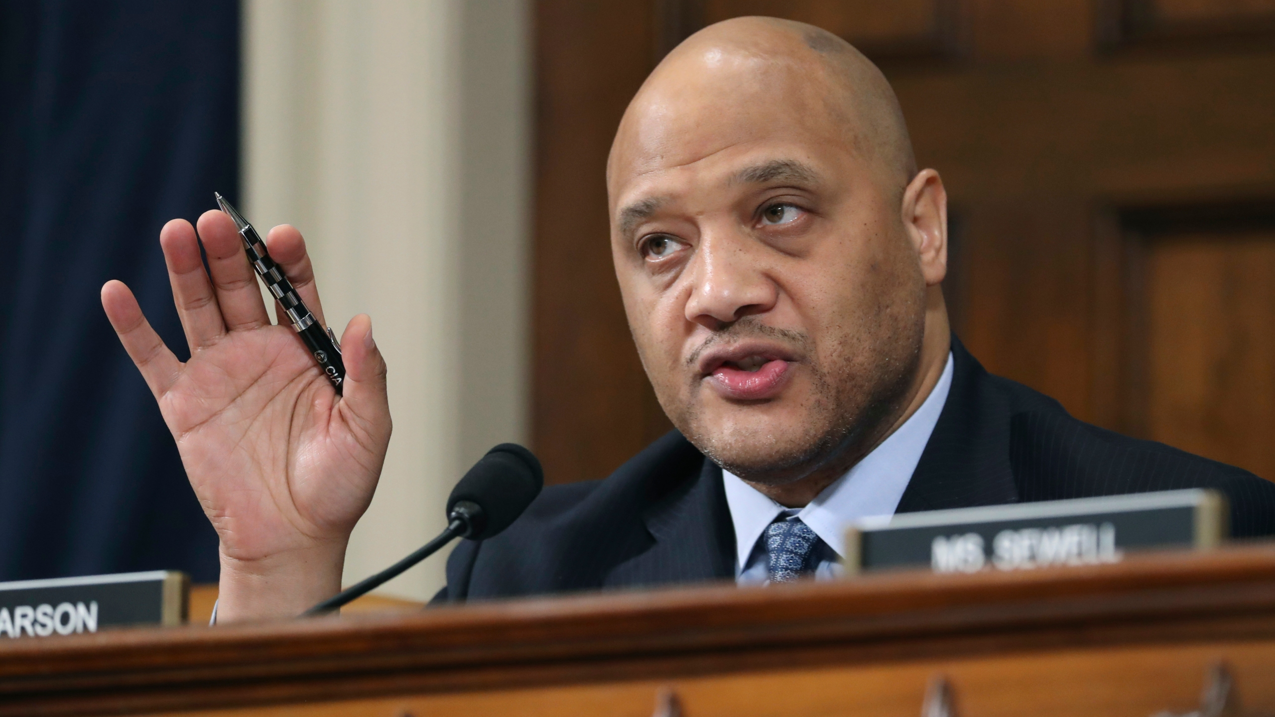 André Carson mentioned in threatening note found in truck filled with  explosives near U.S. Capitol | WTTV CBS4Indy