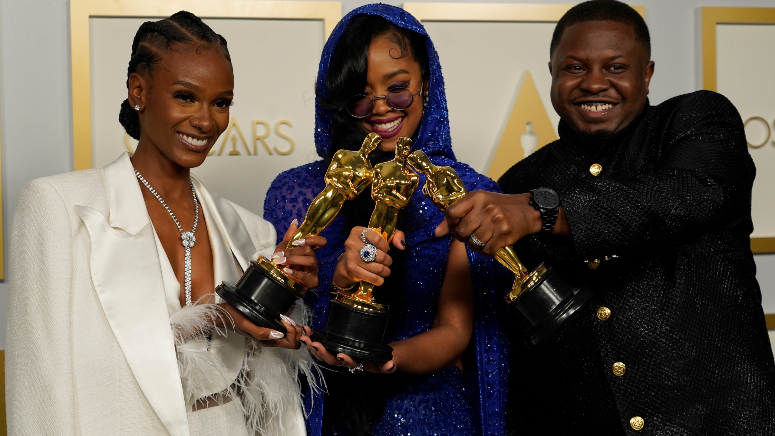 2021 Oscar winners include 2 Indy natives, Lawrence North grads