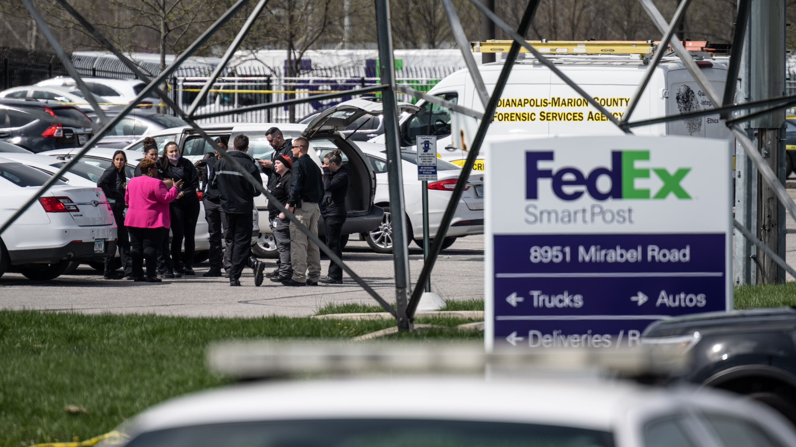 FedEx worker says she raised security concerns before shooting