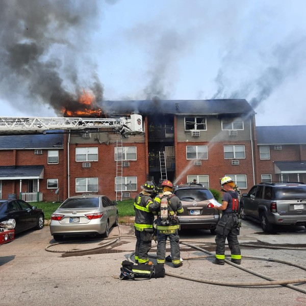 68-year-old Indianapolis man jumps out third story window to evade apartment fire