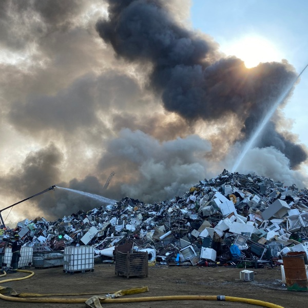 IFD battles scrap metal fire on Indianapolis' near south side