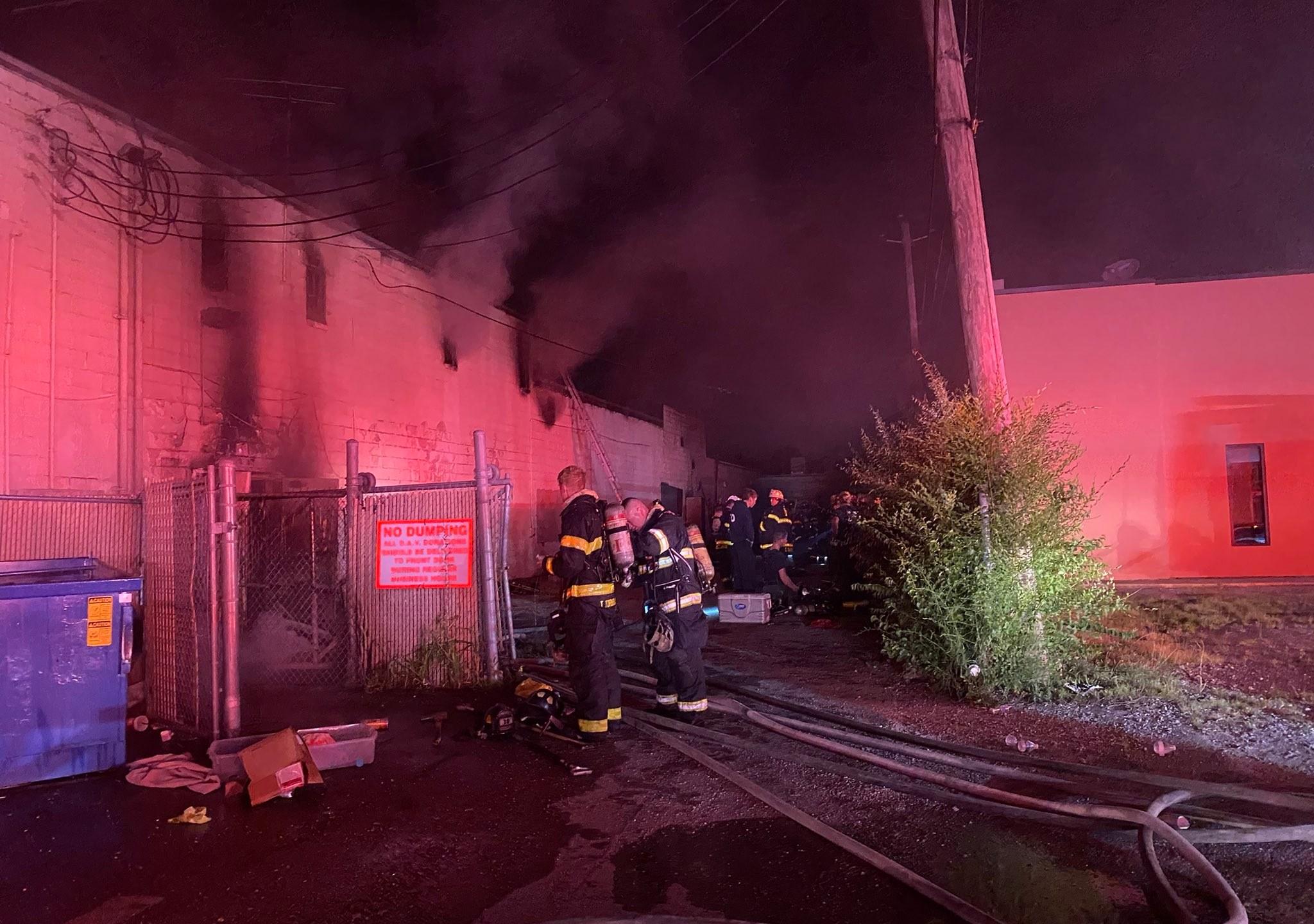 Strip mall fire on E. Washington